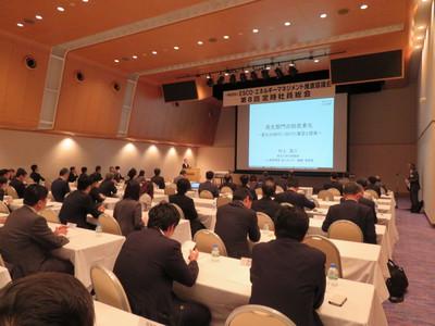 村上周三・建築環境・省エネルギー機構理事長の講演.JPG